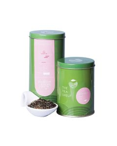 The Tea Shelf Chamomile Mint Black Tea 100 Grams (40 Cups), naturally soothing and calming loose leaf tea with natural chamomile flowers and refreshing mint leaves